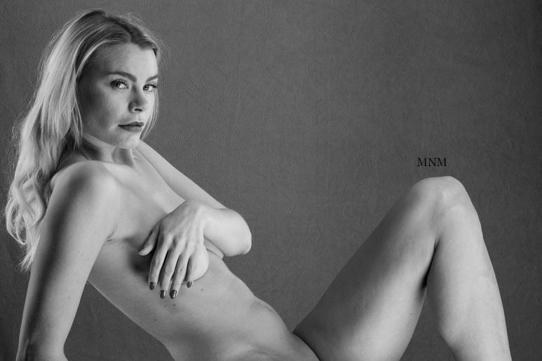 Lingerie Nude Modeling Gig